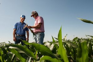 Project lead John Cardoza and De Jager farm manager Nate Ray demonstrate how deep partnerships and big ideas can lead to exciting solutions for the dairy industry in CA